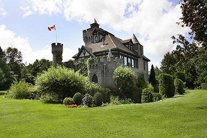 Castle Caeryns