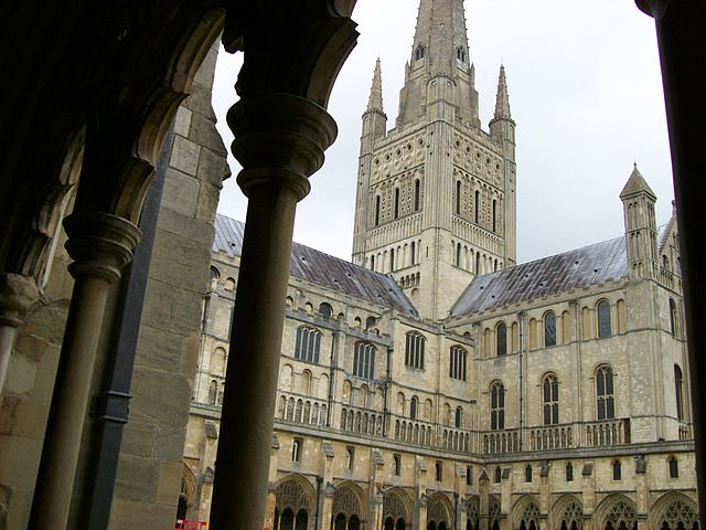 Norwich_Cathedral