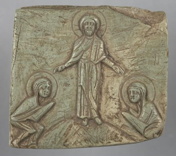 Fragment of an icon relief with the Chairete: the resurrected Jesus meeting the Two Marys, 12th century - Princeton University