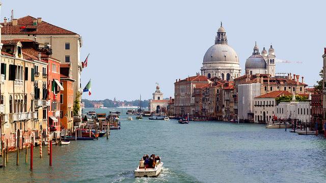 Venice - photo by Hernán Piñera / Flickr
