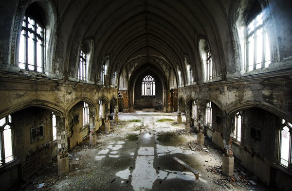 The inside of the abandoned church in Detroit