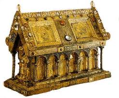 What Do Reliquaries Do for Relics?