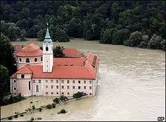 The Danube Floods and Their Human Response and Perception (14th to 17th C)