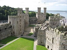 Caernafon castle - one of Edward I's strongholds in Wales