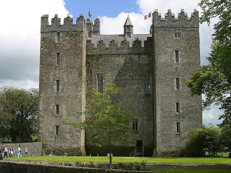A review of Irish medieval castles as a tourist facility