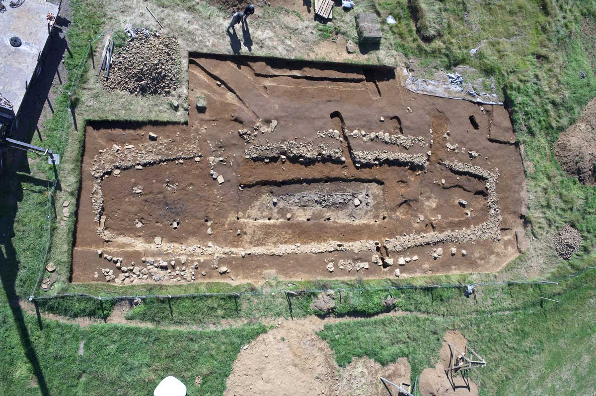 Feasting with Early Medieval Chiefs: Locating Political Action through Environmental Archaeology