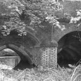 Two medieval archways on a bridge in Oxfordshire, England, are to be restored in a joint effort by Banbury Town Council, Banbury Civic Society and Network Rail.