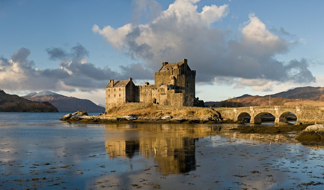 top 10 medieval castles of Scotland - Eilean Donan