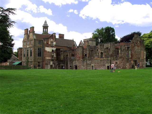The area of Rufford Abbey today. The archaeological dig was done next to the ruins of the abbey. Photo by James Hill