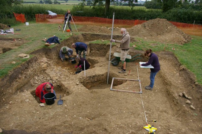 Members of the team excavating and  recording the chapel and the cemetery  - Photo University of Leicester Archaeological Services