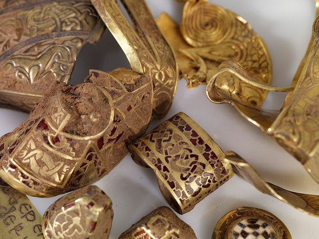 The Gold of the Staffordshire Hoard
