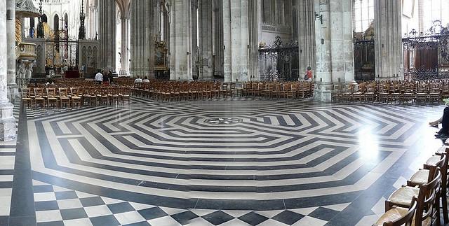 Amiens Labyrinth - Flikr
