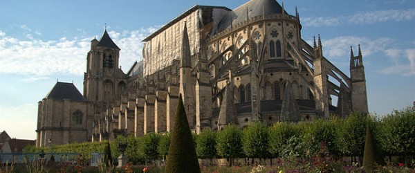 Using radiocarbon dating on metal found in Gothic cathedrals, an interdisciplinary team has shown, for the first time through absolute dating, that iron was used to reinforce stone from the construction phase.