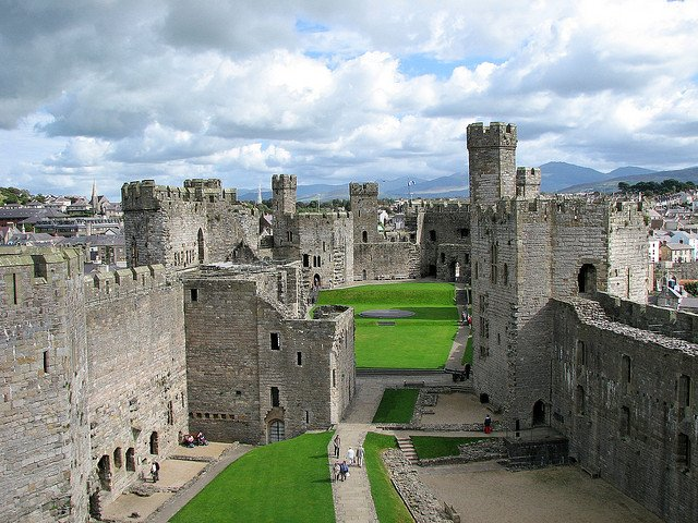 Caernarfon Castle - photo by Markus Schroeder / Flickr
