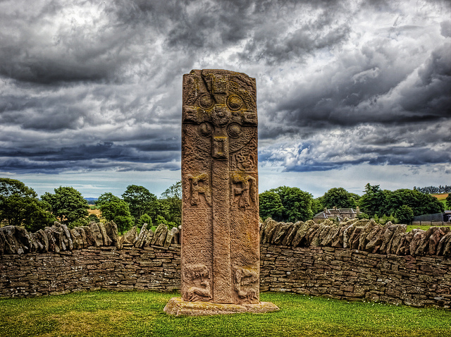 Aberlemno Pictish Cross - Scotland by Neil Howard / Flickr