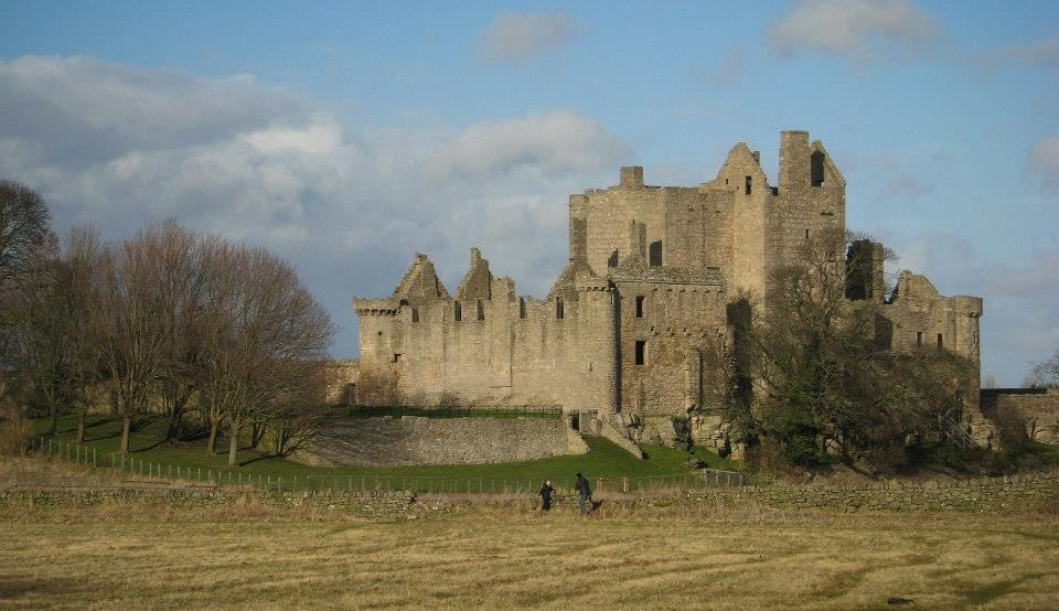 Five Minutes at Craigmillar Castle
