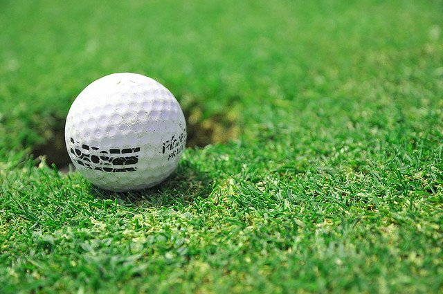 golf ball - Photo by Catalin Munteanu / Flickr