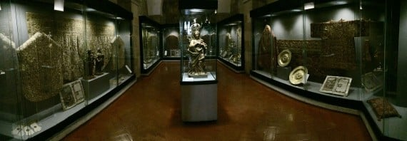 Panorama of Lisbon Cathedral's Treasury. Photo by Medievalists.net
