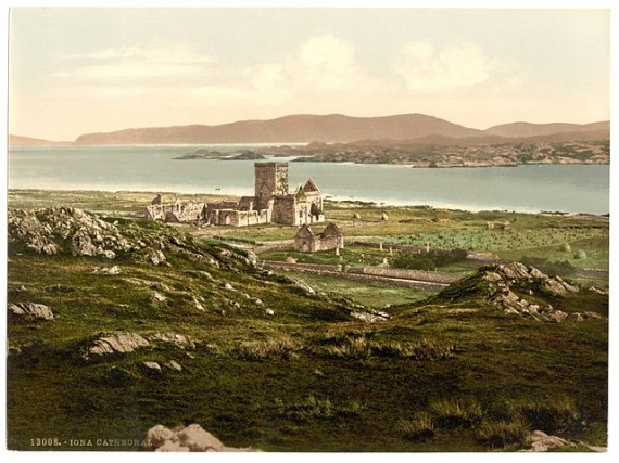 Photochrom print of Iona from about 1905