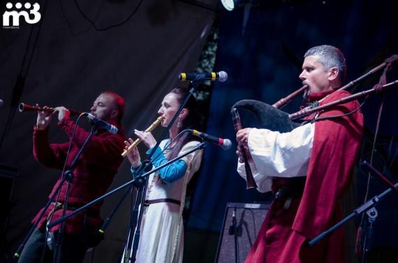 Stary Olsa (from L to R) Čumakoŭ, Maryja Šaryj and Zmicier Sasnoŭski. Photo courtesy of Stary Olsa.
