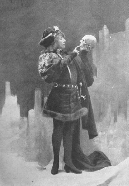 Sarah Bernhardt playing Hamlet in 1899, holding a human skull given to her by Victor Hugo. (The Red List)