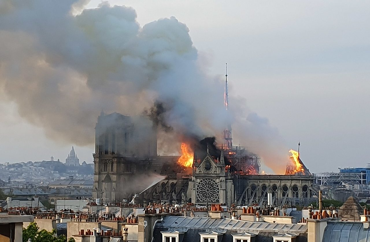 900da50c News Roundup: The Notre-Dame Cathedral Fire - Medievalists.net
